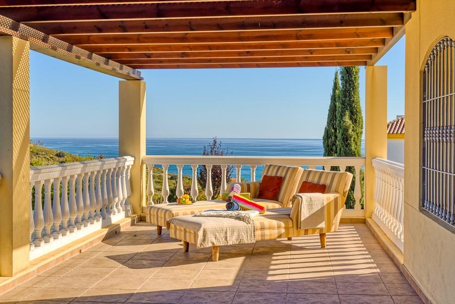 property pictures Estepona, Costa del Sol, Marbella, Malaga, villa, photographer, photography, photoshoot, professional, photos, marketing